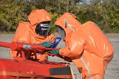 Gefahrgutbung (Freiwillige Feuerwehr Prenzlau) Tags: abc feuerwehr csa ausbildung bung zuckerfabrik gefahrgut