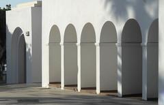Spanish geometry (dmixo6) Tags: light sun lines architecture dark spain geometry dugg dmixo6
