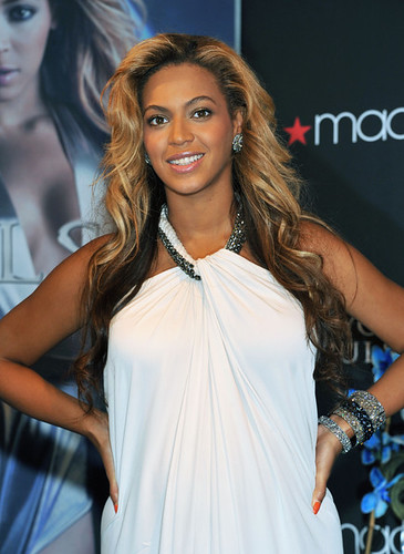 Beyoncé Knowles Singer Beyonce Knowles attends the Beyonce Pulse fragrance launch at Macy's Herald Square on September 22, 2011 in New York City. girls bathing suits