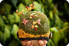 Fabulous Autumn hat (:Claudia:S:) Tags: uk autumn fall hat doll helmet oxford blythe boneca outono hom heartofmontmartre skullmaiden fabulousskullmaidenhat rascalintheboonies