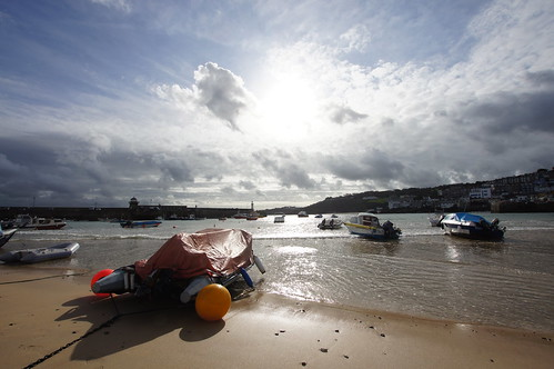 View across St Ives harbour by CharlesFred