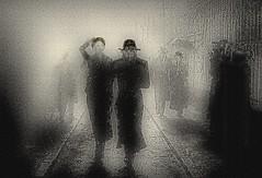 Um dia com muita chuva... / A day with heavy rain ... (Valcir Siqueira) Tags: street people bw streetart art rain photography cityscape different arte digitalart chuva pb diferente artedigital efeitosespeciais vigilantphotographersunite vpu2 vpu3 vpu4 vpu5