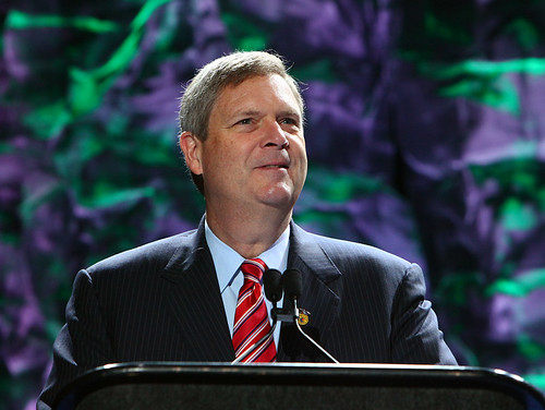 Agriculture Secretary Tom Vilsack makes remarks at the 84th Annual National Convention of the FFA on Thursday, Oct. 22, 2011, in Indianapolis, IN. Photo courtesy FFA.