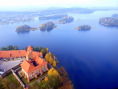 Trakai from above (mdanys) Tags: castle air balloon medieval trakai danys lithuanialietuva mdanys