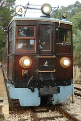 Teak Electric Locomotive (Concorps) Tags: old railroad travel vacation mountain architecture buildings landscapes spain scenery track sony transport scenic eisenbahn rail railway trains historic spanish  bahn mallorca palma  spoor spoorwegen soller      serradetramuntana      bunyola  ferrocarrildesller   dscw220
