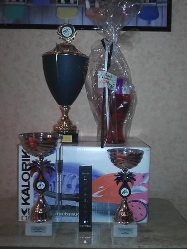 Buffys Geschenke für bester Veteran auf der Belgischen Clubshow Vilvoorde 2011 by Dalmatiner vom Hossenhaus