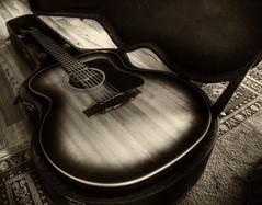 [フリー画像素材] 物・モノ, 楽器, ギター, モノクロ, 音楽 ID:201111160000