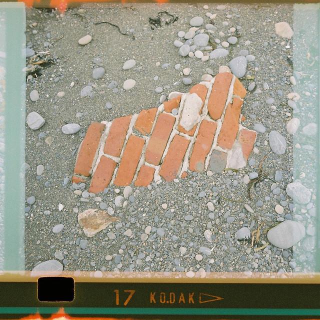 126-17_bricklay
