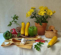 Natural Selection. (Esther Spektor - Thanks for 16+millions views..) Tags: flowers light red stilllife white green art home kitchen vegetables leaves yellow silver table pepper petals stem branch basket artistic linen napkin creative knife selection spoon bowl explore pot mum clay garlic pottery daytime tablecloth parsley 1001nights everydaylife bodegon naturemorte zuccini naturamorta artisticphotos naturezamorta coth bej artofimages esimages