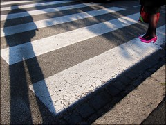 Details (Alberto Pasini) Tags: street pink red woman white rome contrast italia colours shadows stripes streetphotography year2 spnp albertopixel instruction4