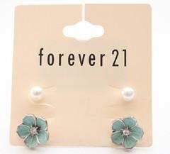 Brinco de flor - Forever 21 (Galeria do Vou Comprar) Tags: 21 flor bijoux forever fofo brinco vou comprar pérola forever21 brinquinho foreverxxi voucomprar