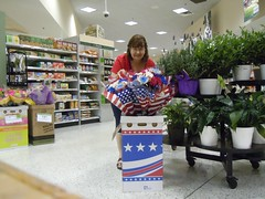 Year 5~Day 210 +181/365 AND Day 1671: Preparing for Fourth of July Celebrations (Old Shoe Woman) Tags: usa selfportrait me georgia valdosta ofme bouquet grocerystore publix 365days