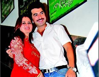 Bengali actor jeet wife pics, photo, image