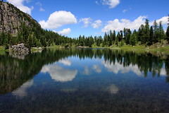 Riflessi (mauro742) Tags: italy mountain lake reflection nature water lago natura acqua montagna dolomites belluno dolomiti riflesso 1740l veneto cortinadampezzo crodadalago rifugiopalmieri eos40d lagodifedera