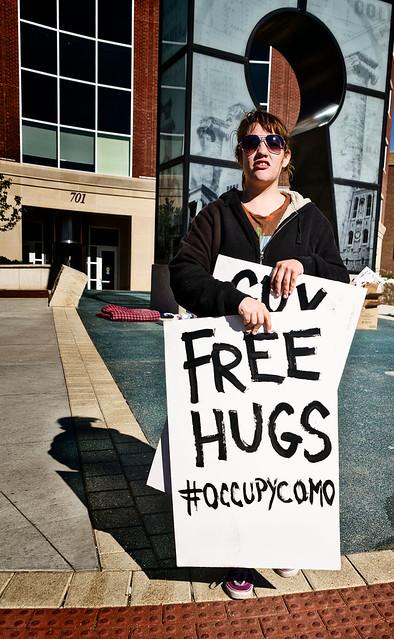 Free hugs 4