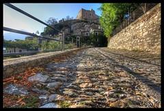 Castelvecchio di Rocca Barbena - HDR (Osky77-ita) Tags: canon hdr rocca 1022 castelvecchio 2011 550d barbena
