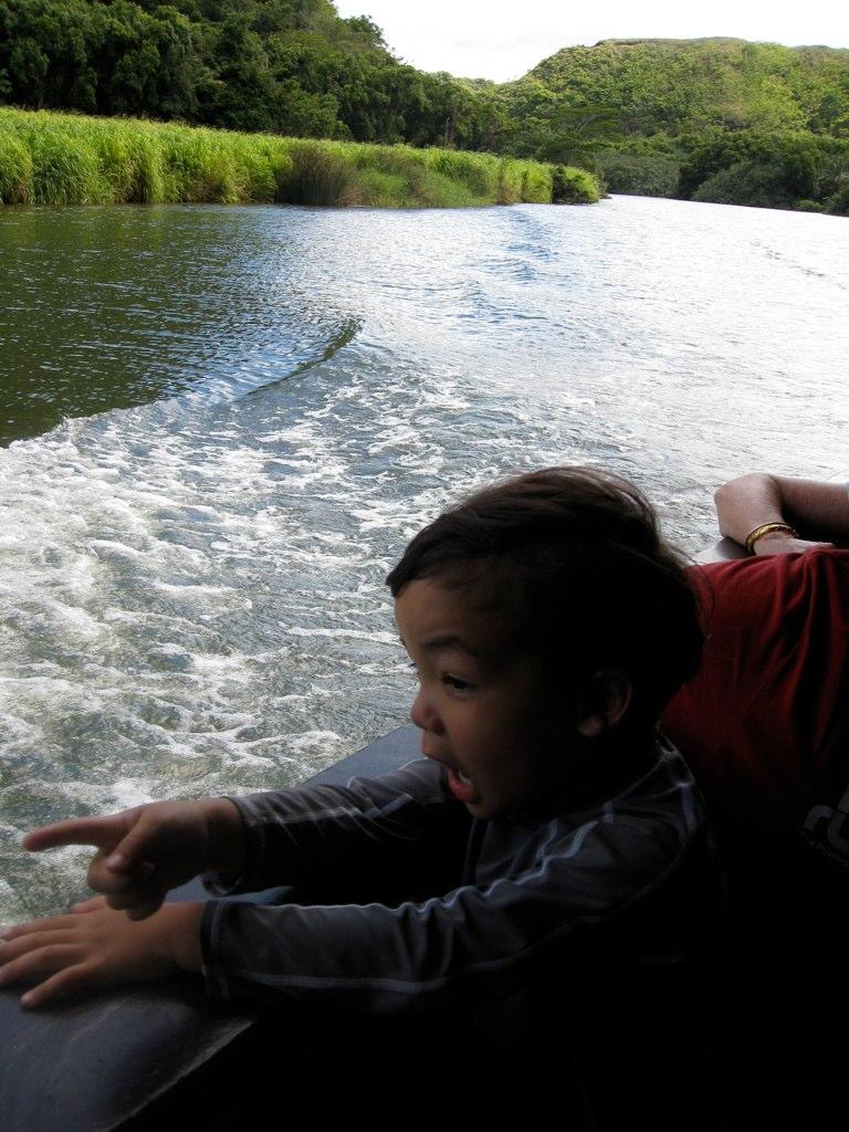 wailua river boat