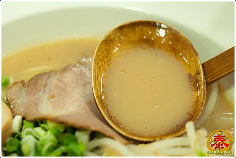2011.10.12 西湖市場飛龍拉麵-豚骨家-22