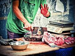 Head (imvern) Tags: china road street fish kitchen table four kill hand head knife micro chinadigitaltimes vendor 365 nanning bucher thirds guangxi 293 day293 m43 project365 dancun