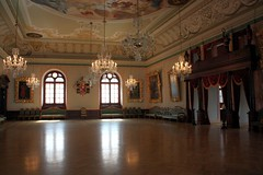 The Reception hall (Sokleine) Tags: art heritage museum interior eu baltic historic latvia eastern unescoworldheritage riga blackheads lettonie