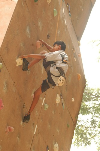 17th_South_Zone_Sports_Climbing_Competition_Sub_Junior_Boys_In_Action1