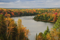 AuSable River Overlook (Amy Hudechek Photography) Tags: fall colors nikon michigan scenic getty gettyimages d300 byway ausableriver happyphotographer musictomyeyeslevel1 riverroadscoenicbyway topphotospots tpslandscape amyhudechek