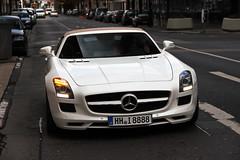 Mercedes-Benz SLS AMG Roadster (LuxuriousDeidesheim) Tags: canon eos mercedes benz am d frankfurt main efs hg sls amg roadster 550 8888 18135 i luxuriousdeidesheim