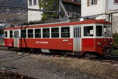 Triebwagen BDeh 2/4 75 der Transports Montreux – Vevey – Riviera SA ( MVR => Ehemals Chemins de fer électriques Veveysans CEV => Inbetriebnahme 1983 ) am Bahnhof in Vevey im Kanton Waadt in der Schweiz (chrchr_75) Tags: hurni christoph schweiz suisse switzerland svizzera suissa swiss kanton waadt vaudt kantonwaadt chrchr chrchr75 chrigu chriguhurni 1110 hurni111023 albumbahnenderschweiz2011 2011 zug train juna zoug trainen tog tren поезд lokomotive паровоз locomotora lok lokomotiv locomotief locomotiva locomotive eisenbahn railway rautatie chemin de fer ferrovia 鉄道 spoorweg железнодорожный centralstation ferroviaria chriguhurnibluemailch oktober oktober2011 albumzzz201110oktober albumbahnmvrtransportsmontreuxveveyriviera bahn mvr transports montreux vevey riviera kantonvaud vaud