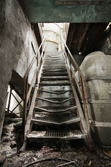 watch your step (Piposieske) Tags: abandoned industry stairs concrete decay machine urbanexploration beton urbex carolo