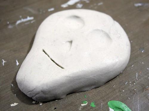Sugar Skull Step 1