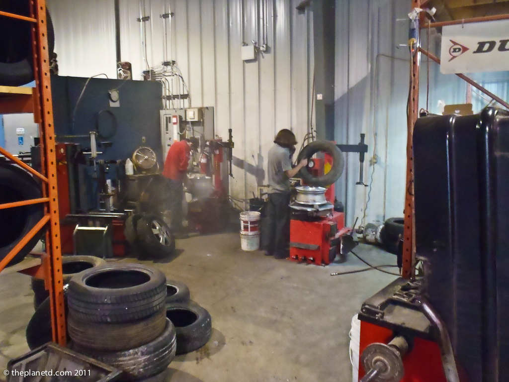 tire changing machinery in Canada