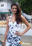 Bipasha Basu And Minissha Lamba At RWITC Inaugural Race Day Stills