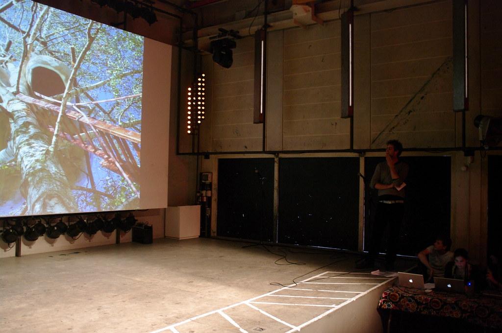 Pecha Kucha Amsterdam, June 2011: Boomwonen