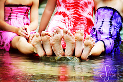 s i s t e r s (Suzanne Pyle Photography) Tags: girls reflection feet children colorful child dress suzannemarie summer2011 suzannepylephotography