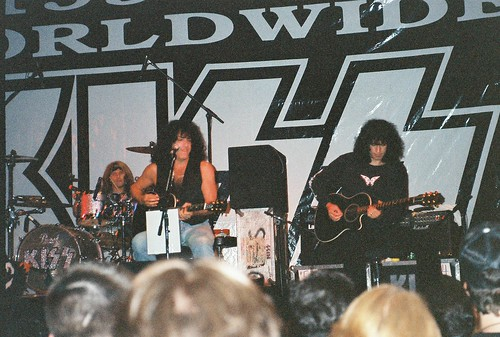 07-16-95 Kiss Convention - Bloomington, MN 005