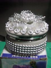kotak perhiasan monte