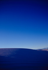 Blue. White Sands NM, New mexico (Yosuke Shiga) Tags: blue sky white newmexico southwest film canon us sand desert whitesands nationalmonument kodack