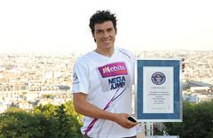 Le mega jump de Tag Khris (Orangina Page Officielle) Tags: world paris france jump champion montmartre coeur sacre record roller orangina khris taig