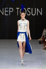 On/Off - Zeynep Tosun - Paris Fashion Week 2011