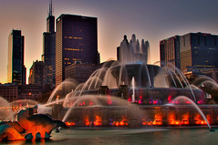 Buckingham fountain Sunset (rseidel3) Tags: city sunset chicago water fountain illinois nikon buckingham hdr d5000