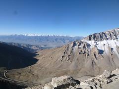 Stok Range viewed from the road to Khardung La (John Steedman) Tags: india leh jk ladakh nubravalley stokrange stok jandk インド jammukashmir jammuandkashmir 印度 भारत nubra stokkangri 6123metres 6123meters