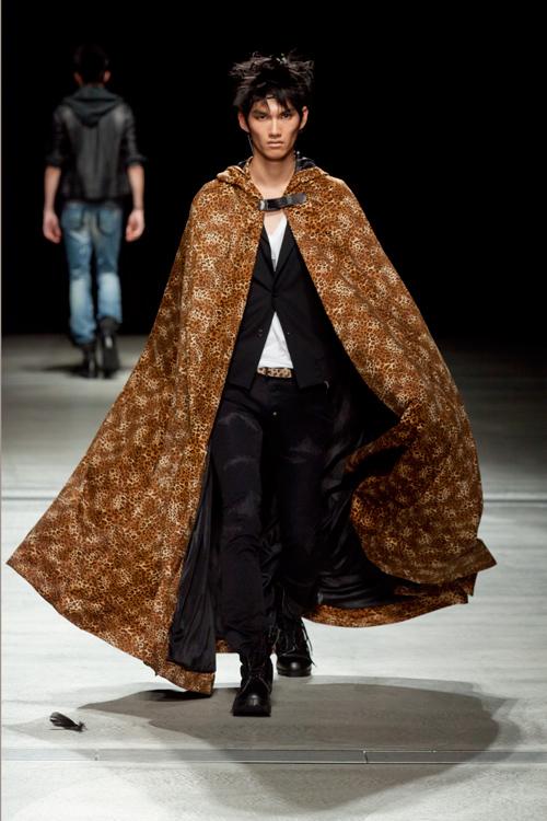 SS12 Tokyo HEADL_INER064_Ryohei Yamada(Fashion Press)