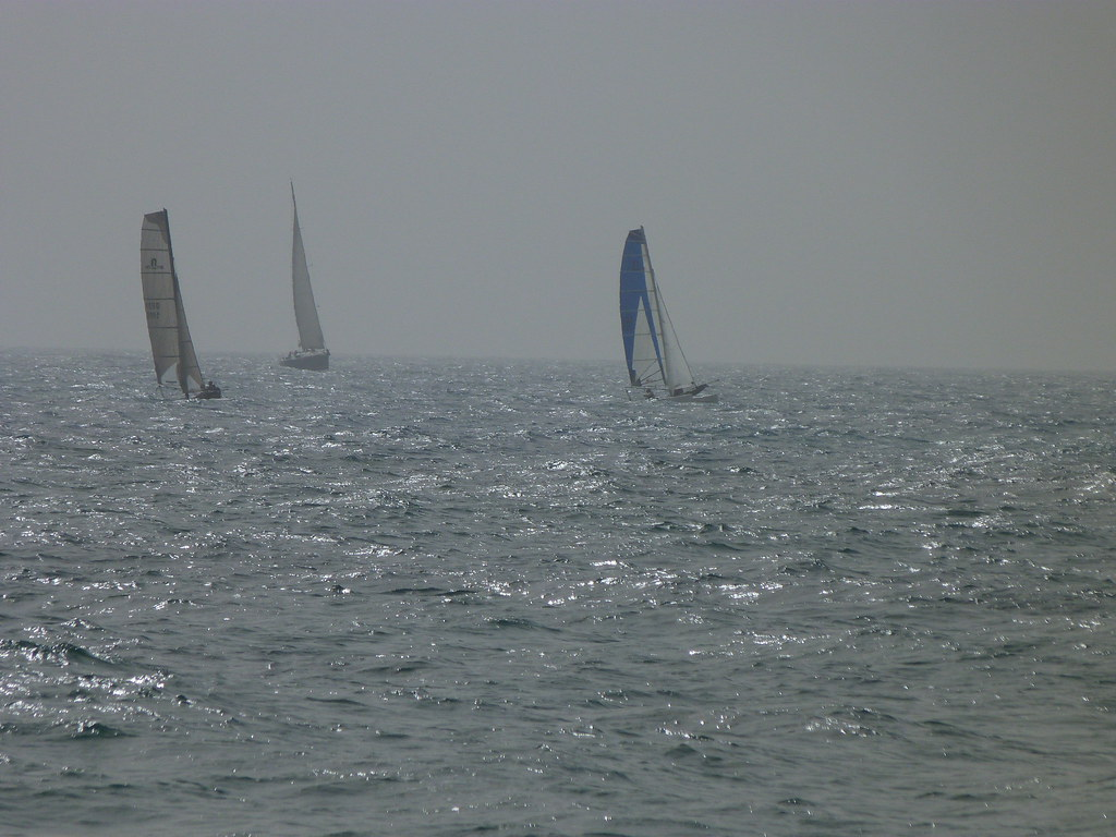21-10-2011-sails-in-the-sunset2
