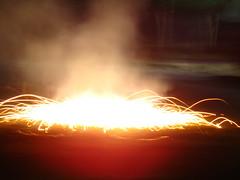 chakree 3 (Adrakk) Tags: india festival fireworks cracker diwali firecracker ptard inde feudartifice pataka dipavali