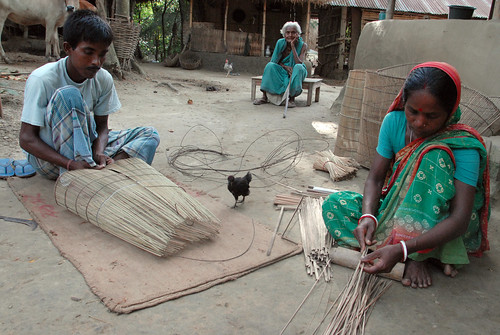 Making fish traps, Bangladesh. Photo by WorldFish, 2006