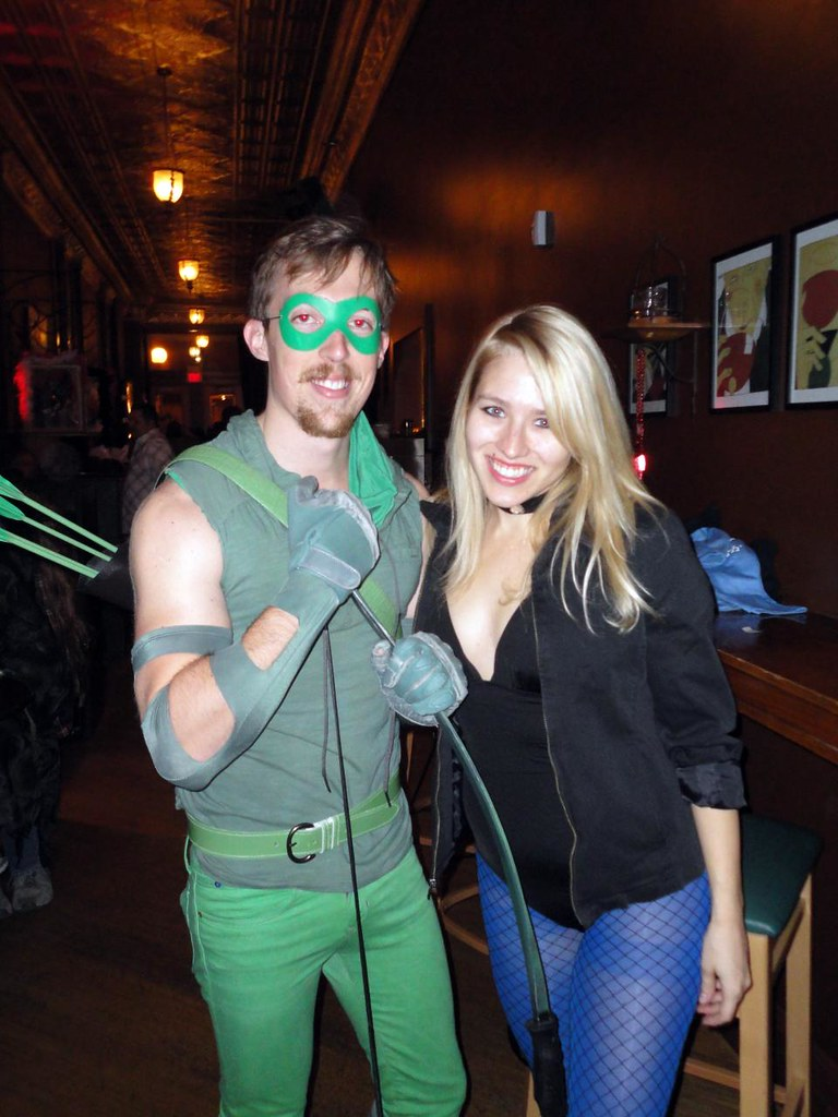 Awesome Green Arrow and Black Canary costumes / cosplay at Boltini Halloween 2011