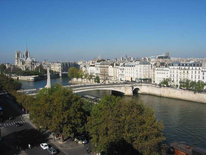 Paris 303