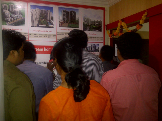 Huge response to HDFC property exhibition 'Gruha Pravesh' at Chinchwad PCMC, Pune