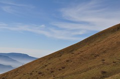 22,7 (jn.r) Tags: sky mountain clouds big walk small backpacker landskape