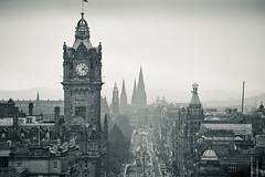 . (joannablu kitchener) Tags: bw evening scotland blackwhite nikon edinburgh foggy nikkor 70200 f28 d700 kitchenerphotography